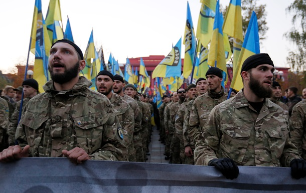 Представники радикальної організації «Азов»